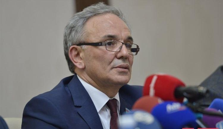 """""""Vahid KİV bankı yaradılmalı, təkrar qeydiyyatı aparılmalıdır"""" – Əflatun Amaşov"""