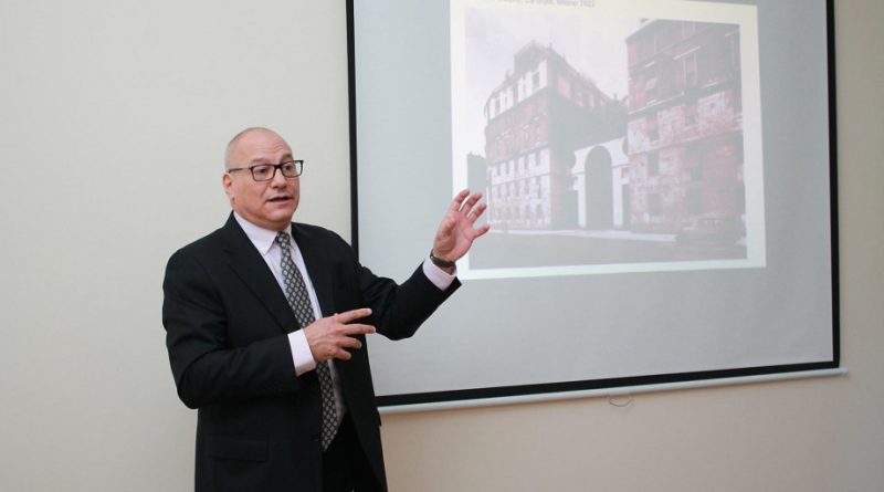 Milan Politexnik Universitetinin prorektoru AzMİU-da mühazirə oxuyub – FOTO