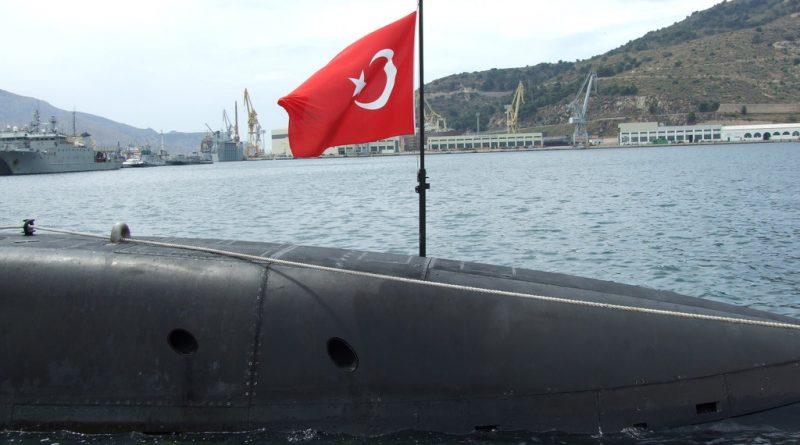 Турецкая подлодка произвела испытательный пуск