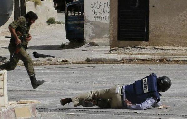 Suriyada Rusiya telekanalının müxbiri güllələndi – FOTO