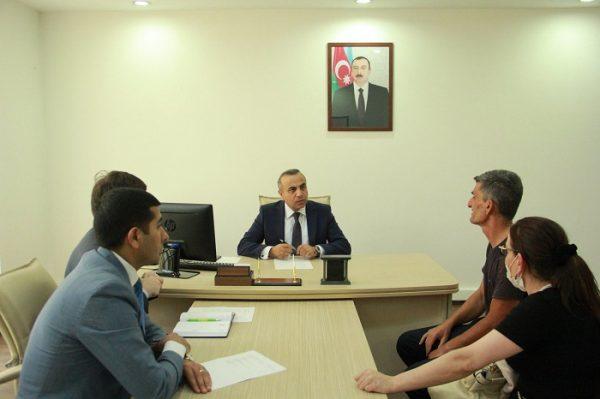 Deputat Azay Quliyev seçicilərini qəbul edib – FOTO