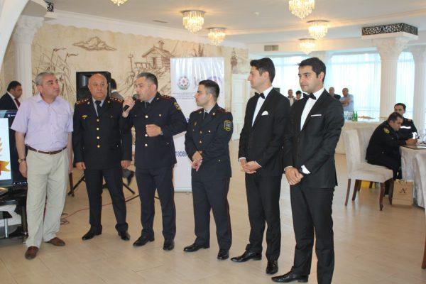 Fərqlənən yol polisləri mükafatlandırıldı – VİDEO/FOTO
