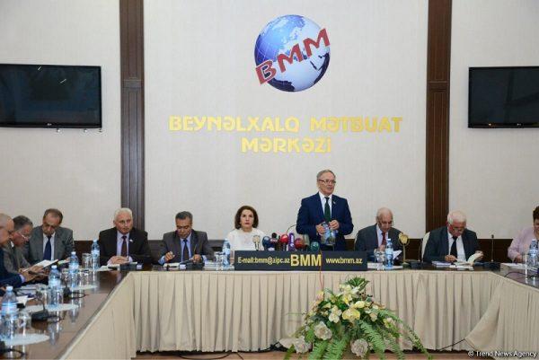 """""""Kaspi nəşrləri"""" seriyasından iki yeni kitabın təqdimatı olub – FOTO"""