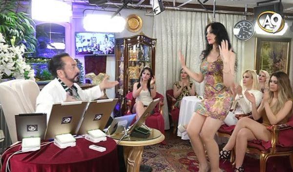 """Oktarın seks kölələrindən şok etiraf: """"Azyaşlılara 20 nəfər təcavüz edirdi"""" – VİDEO"""