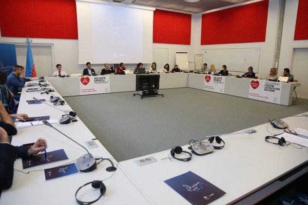 """Strasburqda """"Azərbaycan qadını – 100 il"""" Forumu baş tutub – FOTO"""