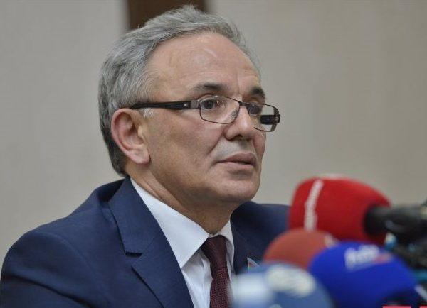 """Əflatun Amaşov: """"Media birləşdirici olmalıdır"""" - MÜSAHİBƏ"""